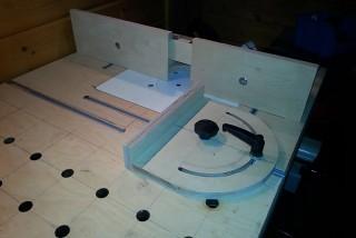 Werktisch Variante mit Oberfräse