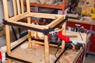 Wackelige Stühle selbst reparieren