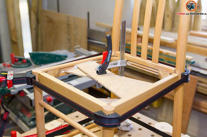 Stuhl reparieren und verleimen
