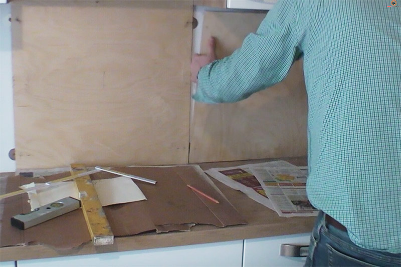 Küchenrückwand kleben  selber bauen