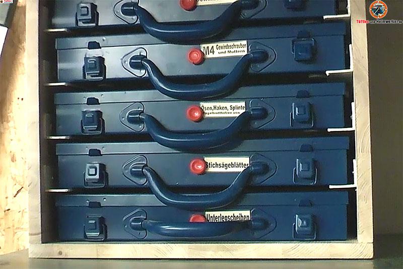 Kleinteilemagazin-Metallkoffer