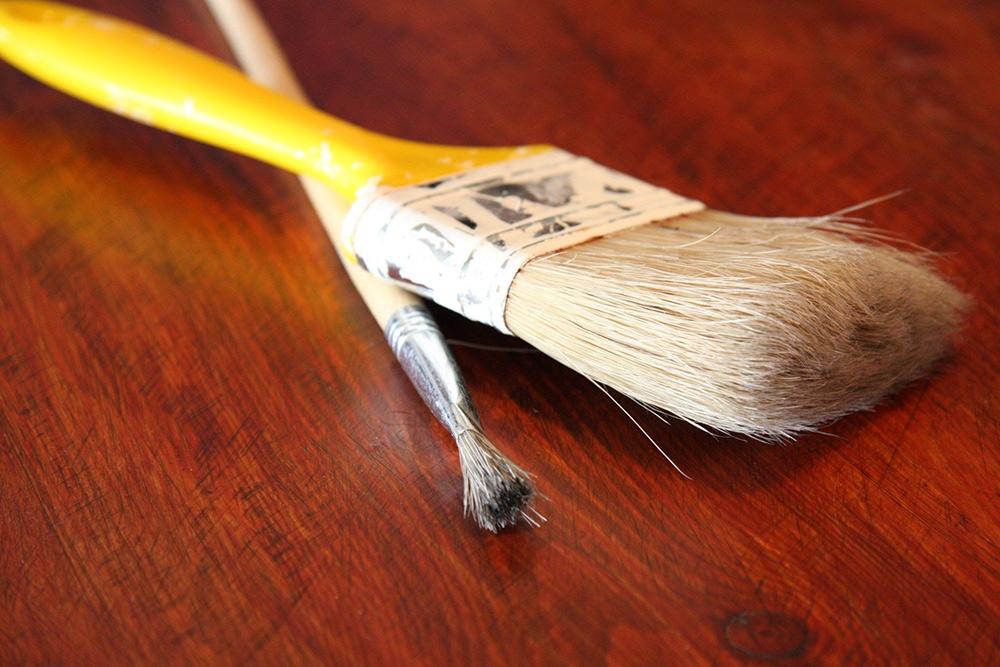 Pinsel-Heimwerker-Renovieren-Pinsel-Tisch