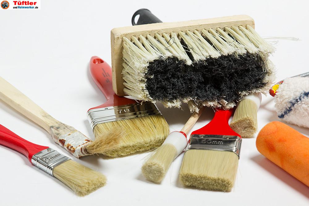 Pinsel-Heimwerker-Renovieren-Viele-Pinsel