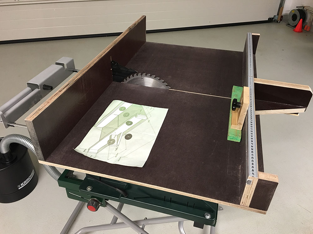 Schiebeschlitten für Tischkreissäge PTS10 selber bauenTueftler-und-Heimwerker.de