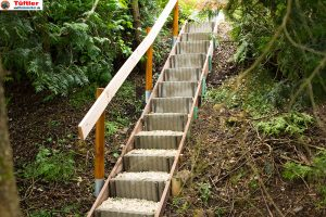 aussentreppe-gartentreppe-knueppeltreppe-betonsteine