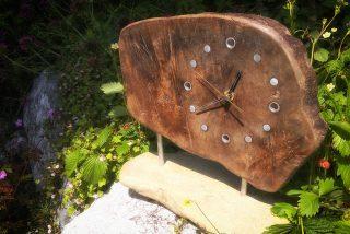 Treibholzdeko: Eine einzigartige Treibholzuhr selber bauen