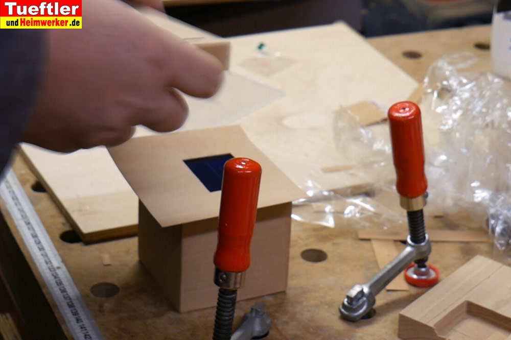 Step10b-Furnier-mit-Display-Ausschnitt