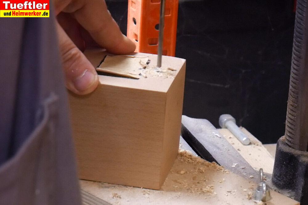 Step12-Loch-fuer-Taster