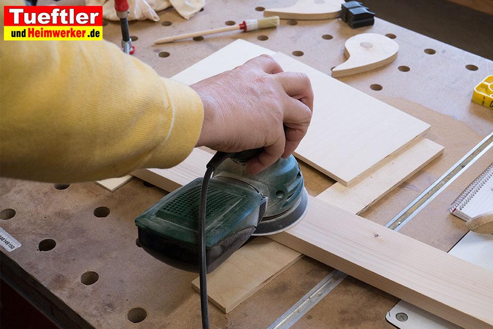 Holz-Beizen-Stepp1-Schleifen