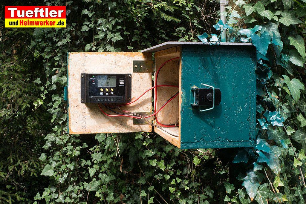 DIY-Solarmodul-Ueberwachungskamera-Akkubox-aussen-montieren-14