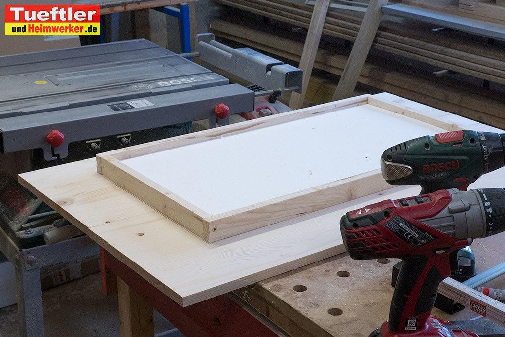 Katzenhaus-DIY-Projekt-Dach-isolieren