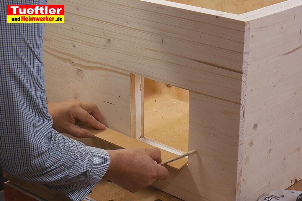 Katzenhaus-DIY-Projekt-Leimholz-Fensterkanten-Stepp7d