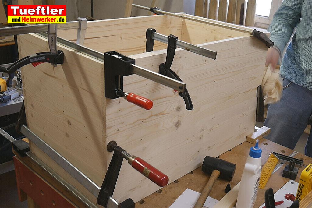 diy outdoor katzenhaus f r kalte jahreszeiten selber bauentueftler und. Black Bedroom Furniture Sets. Home Design Ideas