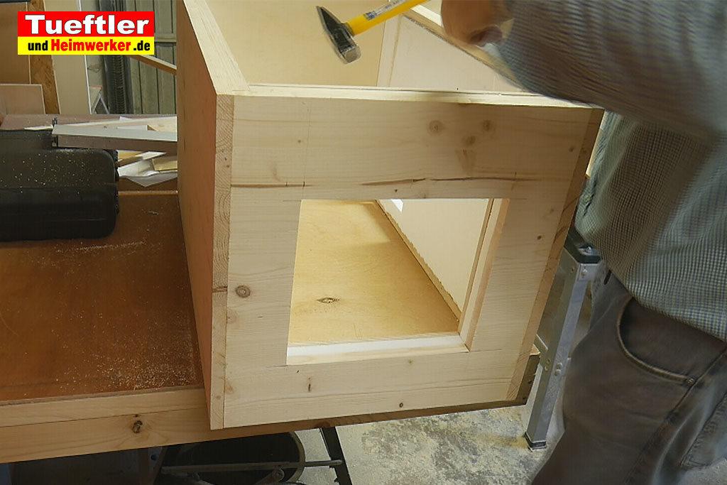 Katzenhaus-DIY-Projekt-Leimholz-Innenwaende-verkleiden-Stepp7b