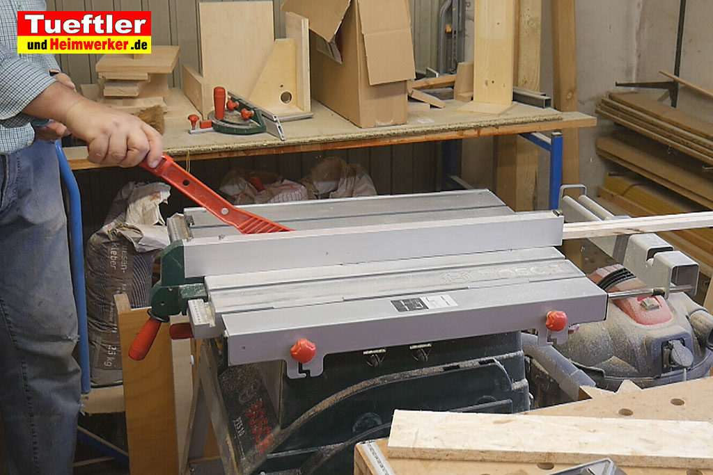 Katzenhaus-DIY-Projekt-Leimholz-Leisten-schneiden-Stepp5