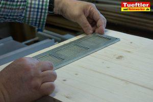 Ladestation-Wallbox-bauen-lueftungsgitter-platzieren-s10