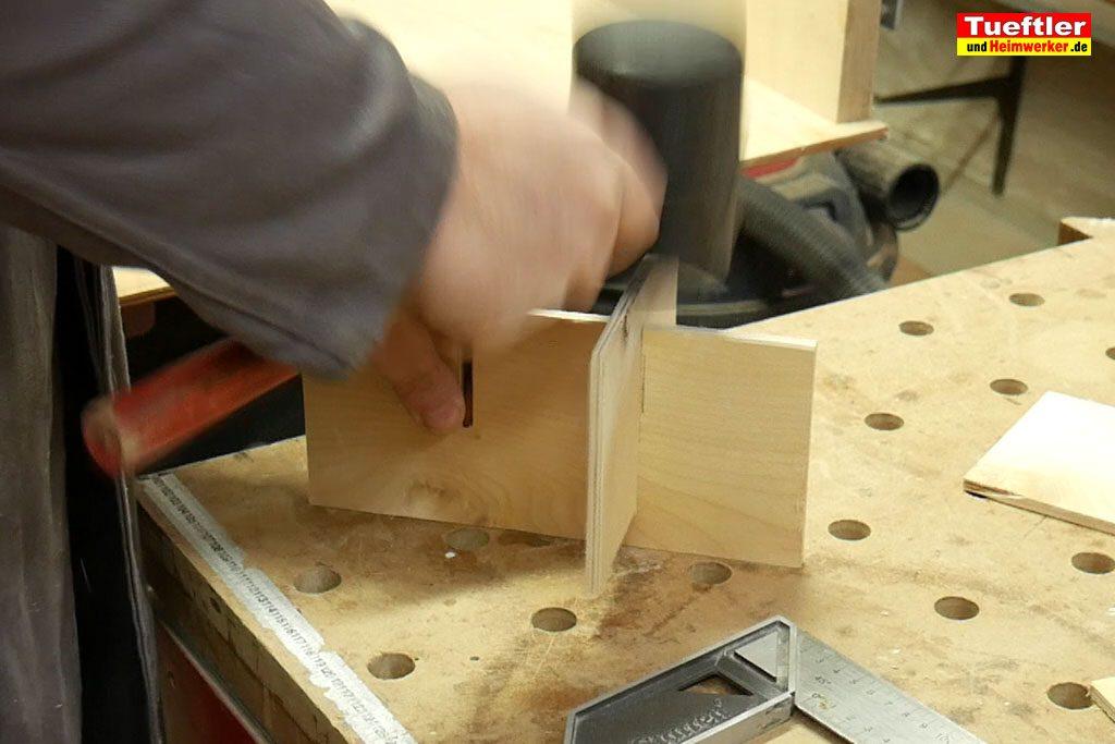 Biertraeger-Flaschentraeger-Maenerhandtasche-Holz-Unterteilung-bauen5d
