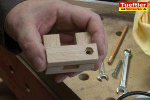 Massanschlagschienen-Laengenanschlag-Handkreissaege-DIY-Schieber-6b