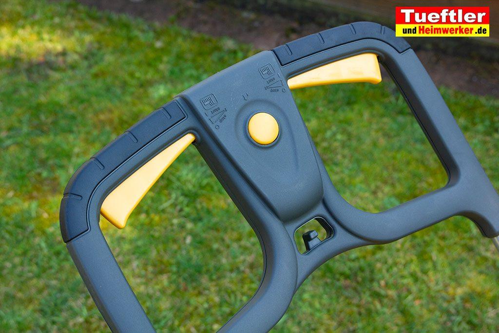 Akku-Rasenmaeher-Test-Stiga-SLM-4048-AE-Handgriff-Schalter