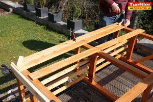 Schritt-10-Hochbeet-Muellbox-Gartenbox-Bretter-anschrauben