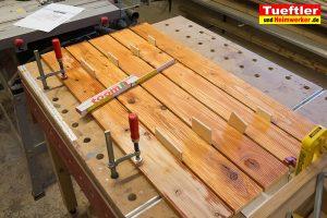 Schritt-11-Hochbeet-Muellbox-Gartenbox-Klappe-bauen