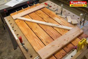 Schritt-11c-Hochbeet-Muellbox-Gartenbox-Klappe-bauen