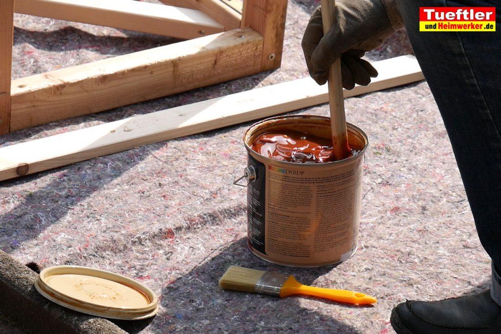 Schritt-7-Hochbeet-Muellbox-Gartenbox-Offenporige-Lasur-streichen