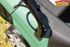 Akku-Rasenmaeher-Test-Bosch-Universal-Rotak-36-550-36-560-Buegel-Halter