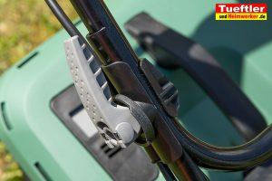 Akku-Rasenmaeher-Test-Bosch-Universal-Rotak-36-550-36-560-Schnellspanner