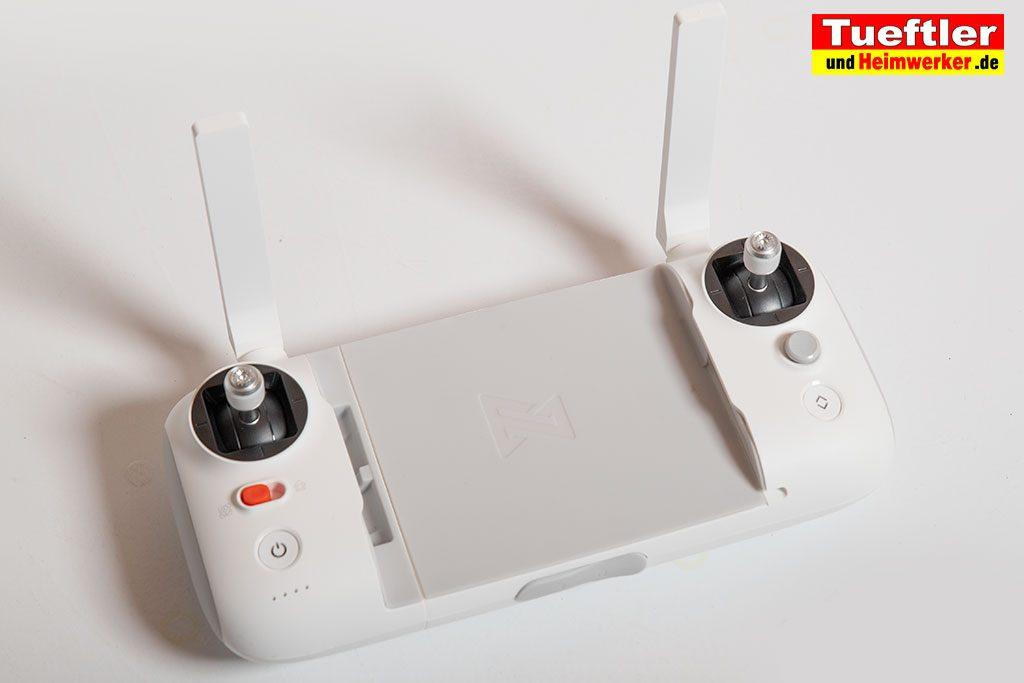 Drohne-Test-FIMI-X8-SE-Fernsteuerung