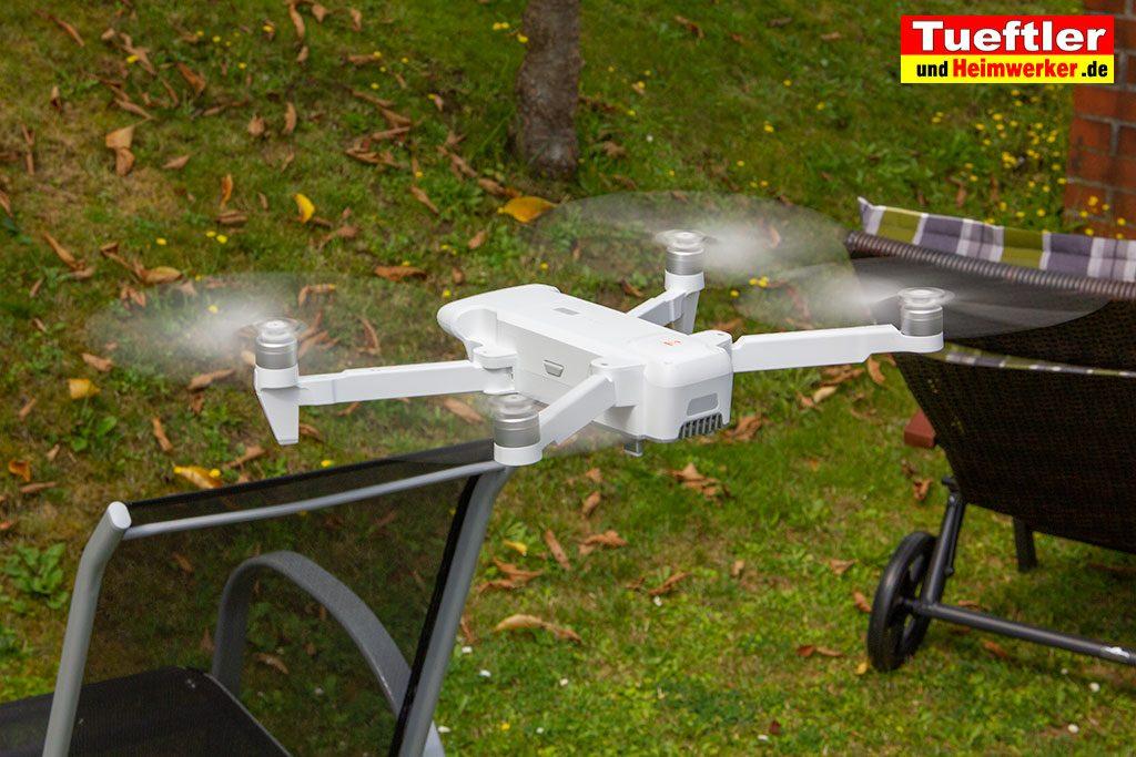 Drohne-Test-FIMI-X8-SE-Garten