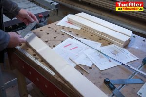 Gartenstuhl-bauen-Fichte-Bretter-anzeichnen