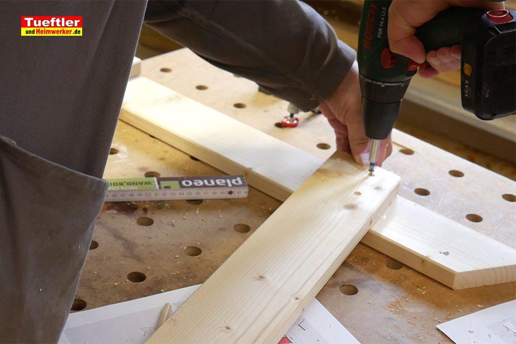 Gartenstuhl-bauen-Rahmen-zusammenbauen