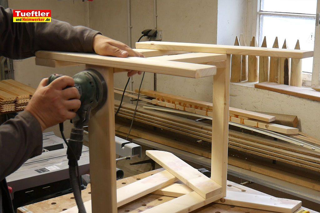 Gartenstuhl-bauen-schleifen