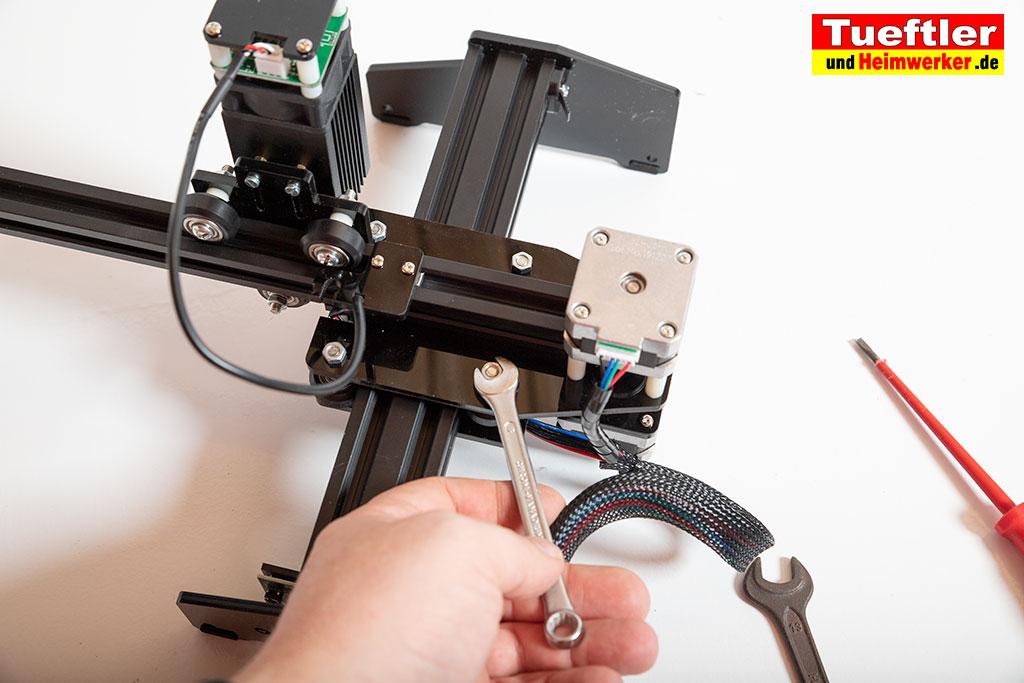 Ortur-Laser-Master-Test-Lasergravur-Ausleger-festschrauben