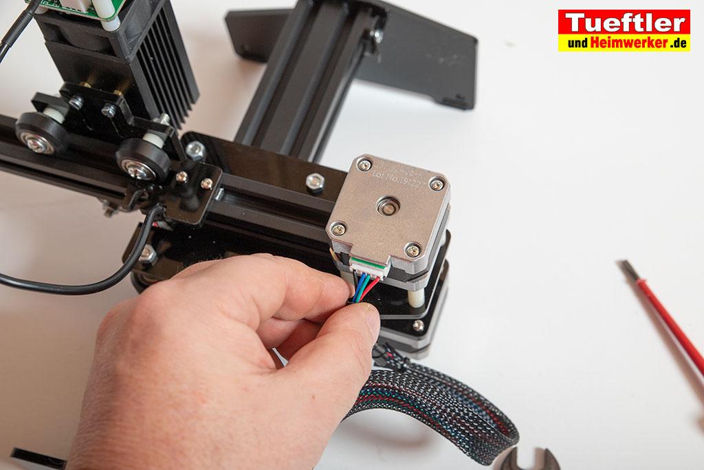 Ortur-Laser-Master-Test-Lasergravur-Stecker-anstecken