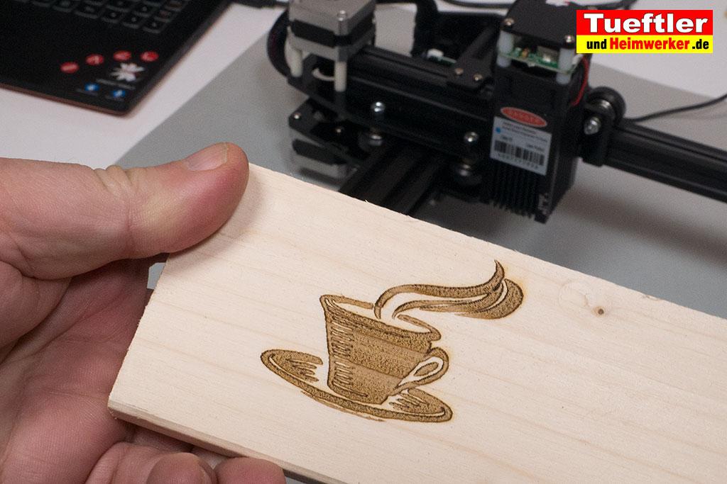 Ortur-Laser-Master-Test-Lasergravur-Tasse-Fichte