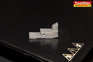 Typ2-Halter-Aussen-Elektromobilitaet-3D-Modell-Hebel-aus-PETG