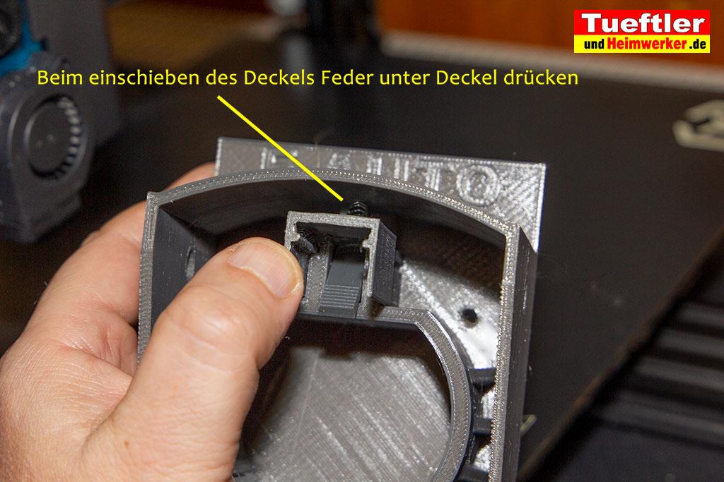 Typ2-Halter-Aussen-Elektromobilitaet-3D-Modell-Kappe-aufschieben-2