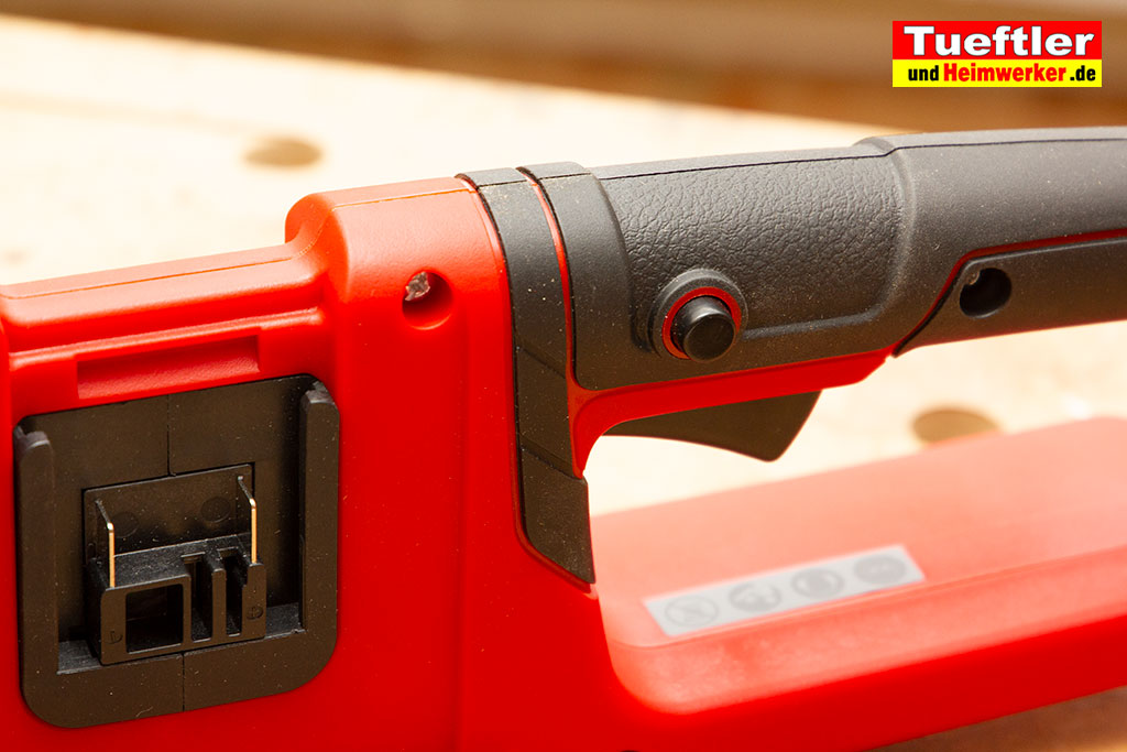 Einhell-GE-LC-36-35-LI-Test-Akku-Sicherheitsschalter-Gummierung