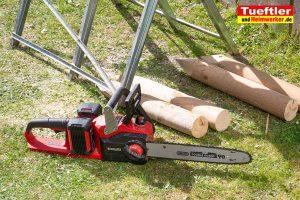 Einhell-GE-LC-36-35-LI-Test-Holzpfahl-saegen-1