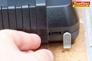 Makita-DUC353PT2-Test-DUC353Z-Ladegeraet-USB