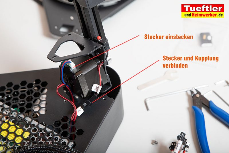 Flsun-Q5-Delta-3D-Drucker-Tutorial-Aufbau-Stecker-Schrittmotor