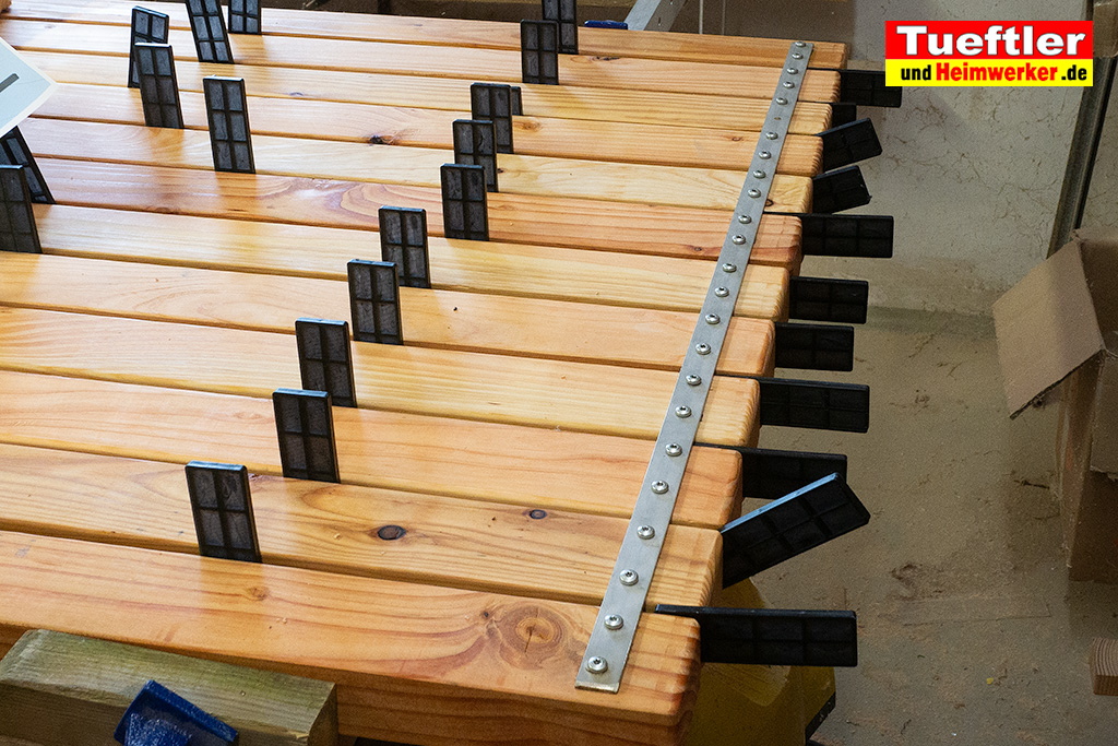 Modernen Gartentisch selbst bauen DIY BauanleitungTueftler