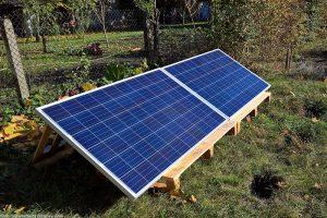 PV-Solaranlage-Solarmodule-PV-Module-Inselanlage-Steckerfertige-Anlage