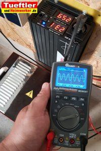Günstiger Sinus Wechselrichter 24V nach 230V 1500W Test