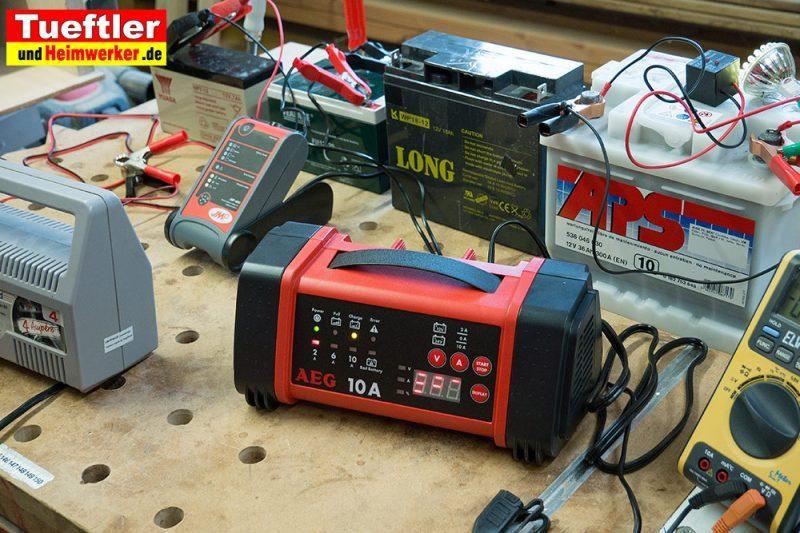 kfz batterie ladeger t anschliessen autobatterie aufladen